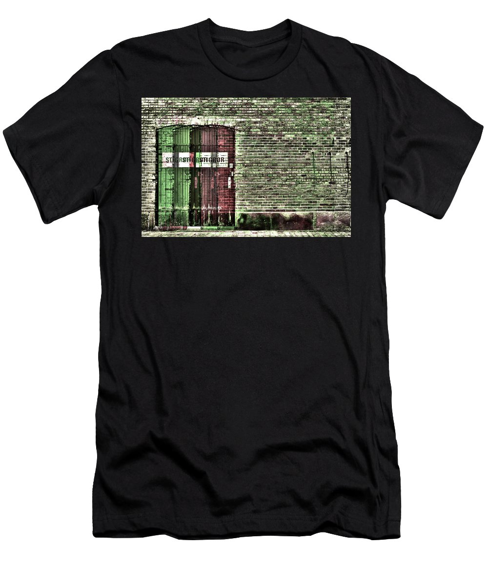 3d Men's T-Shirt (Athletic Fit) featuring the photograph Stigror by Rabirius
