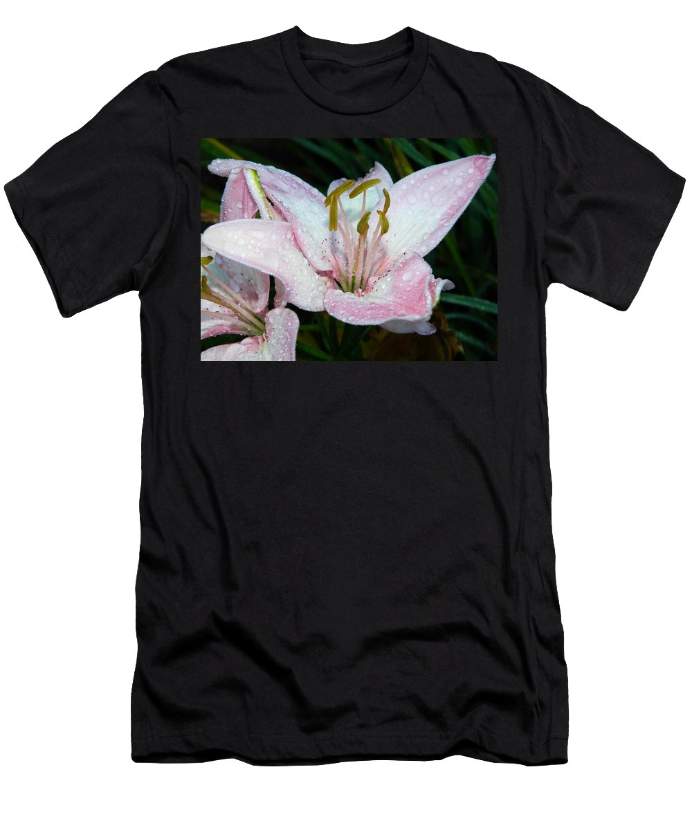 Lilies Men's T-Shirt (Athletic Fit) featuring the photograph Strawberry Ice Cream by Terri Waselchuk