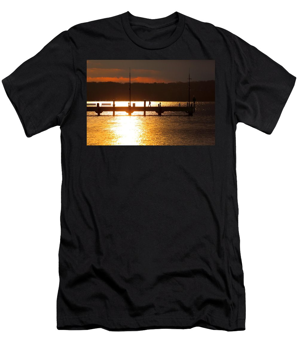 National Harbor Men's T-Shirt (Athletic Fit) featuring the photograph Sunset On The Pier by Scott Fracasso
