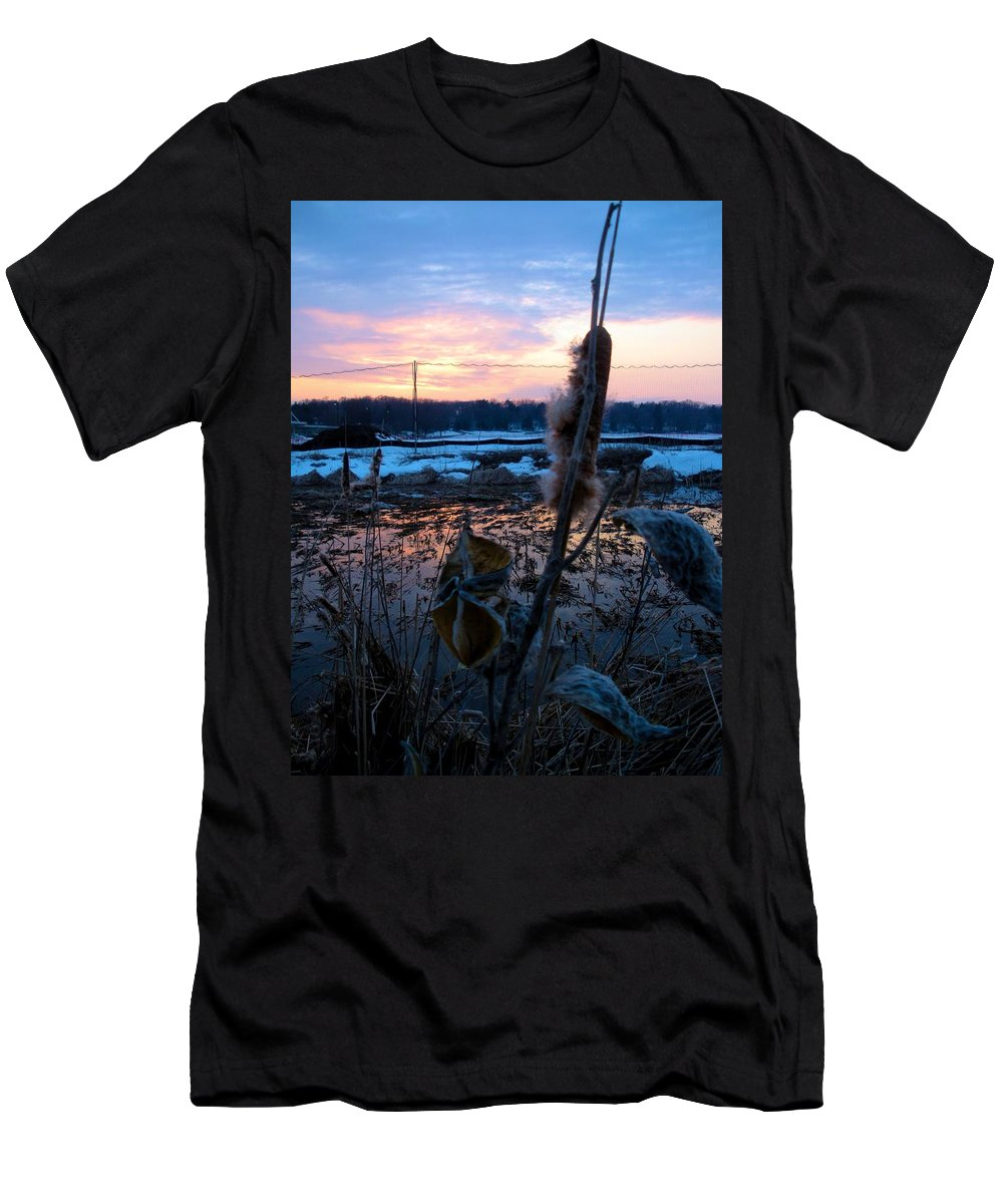 Sunset Men's T-Shirt (Athletic Fit) featuring the photograph Sunset On The Pond by Zafer Gurel