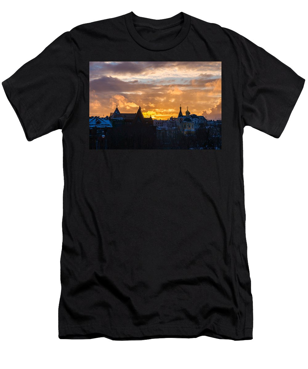 Russia Men's T-Shirt (Athletic Fit) featuring the photograph Sunset Over Old Moscow - Featured 2 by Alexander Senin