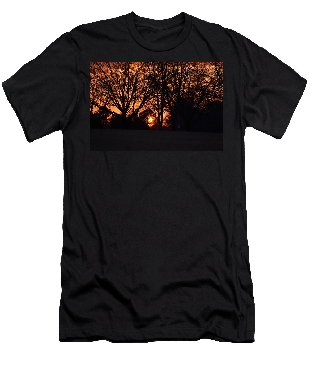 Sunset Men's T-Shirt (Athletic Fit) featuring the photograph Sunset Through The Trees by Tara Potts