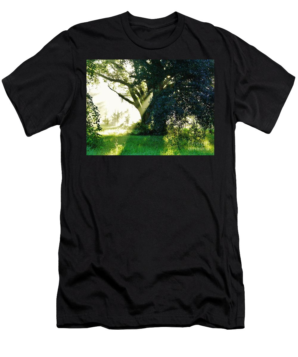 Sunshine Men's T-Shirt (Athletic Fit) featuring the photograph Sunshine And Sunbeams by D Hackett