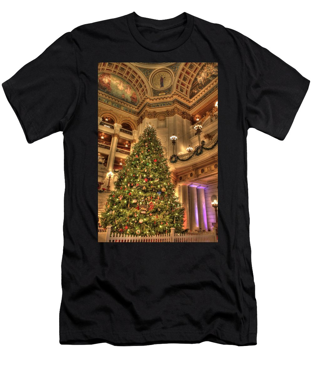 Christmas Men's T-Shirt (Athletic Fit) featuring the photograph The Capitol Tree by Lori Deiter