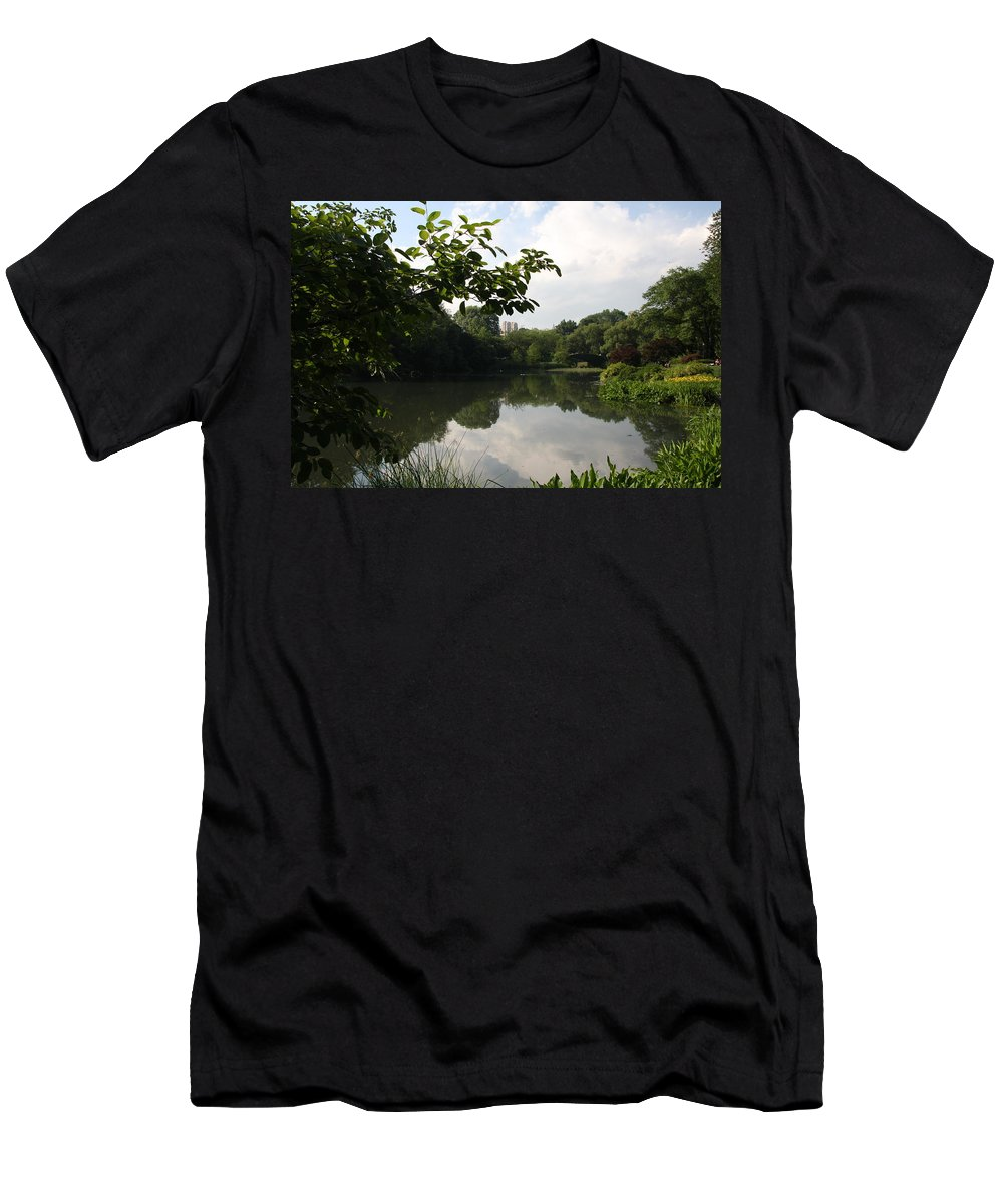 Pond Men's T-Shirt (Athletic Fit) featuring the photograph The Central Park Pond by Christiane Schulze Art And Photography