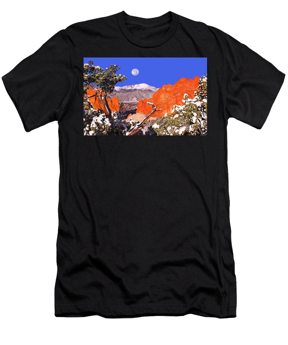 Garden Of The Gods City Park Men's T-Shirt (Athletic Fit) featuring the photograph The Colorado Experience by Bijan Pirnia
