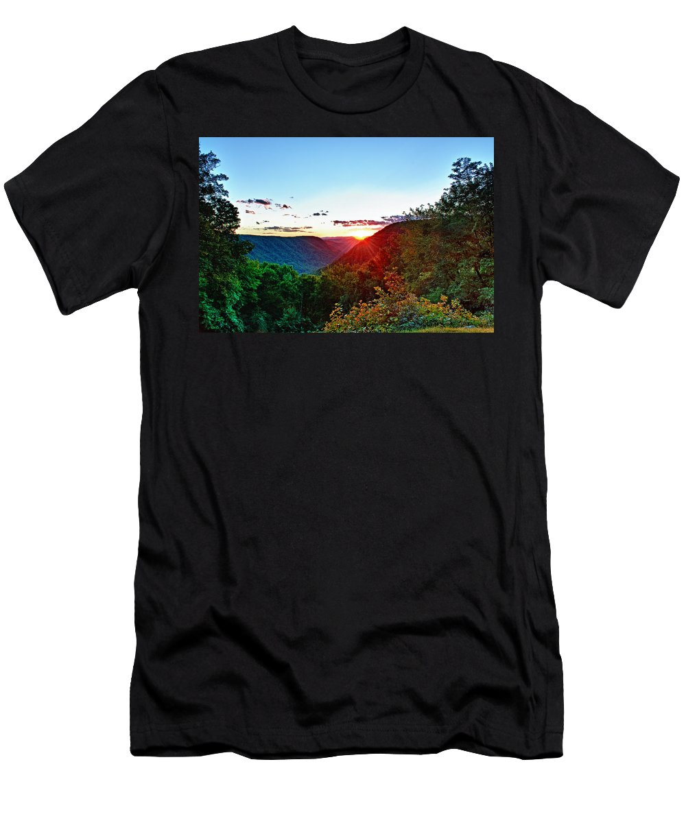 Babcock State Park Men's T-Shirt (Athletic Fit) featuring the photograph The Last Rays by Steve Harrington
