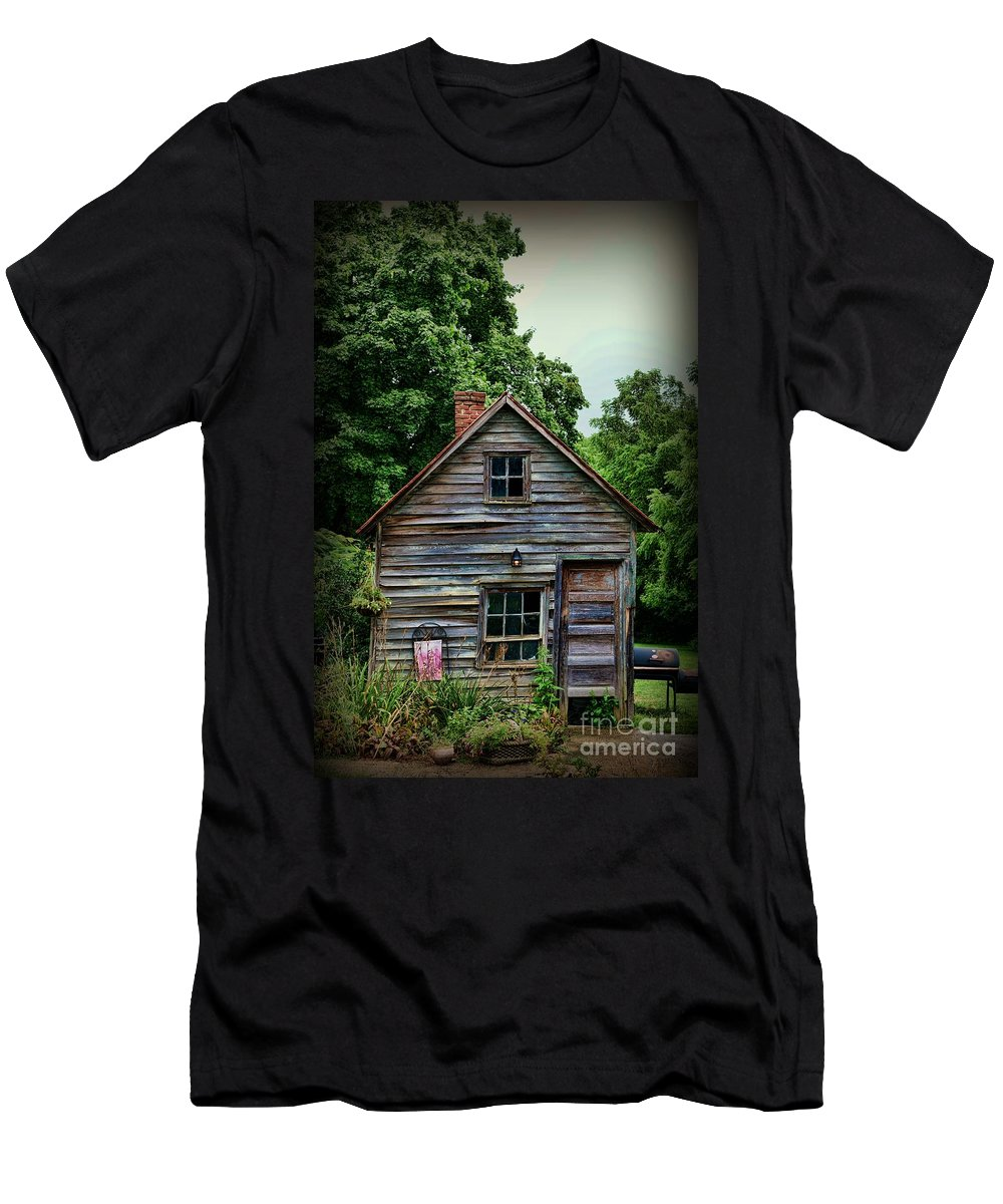 Paul Ward Men's T-Shirt (Athletic Fit) featuring the photograph The Love Shack by Paul Ward