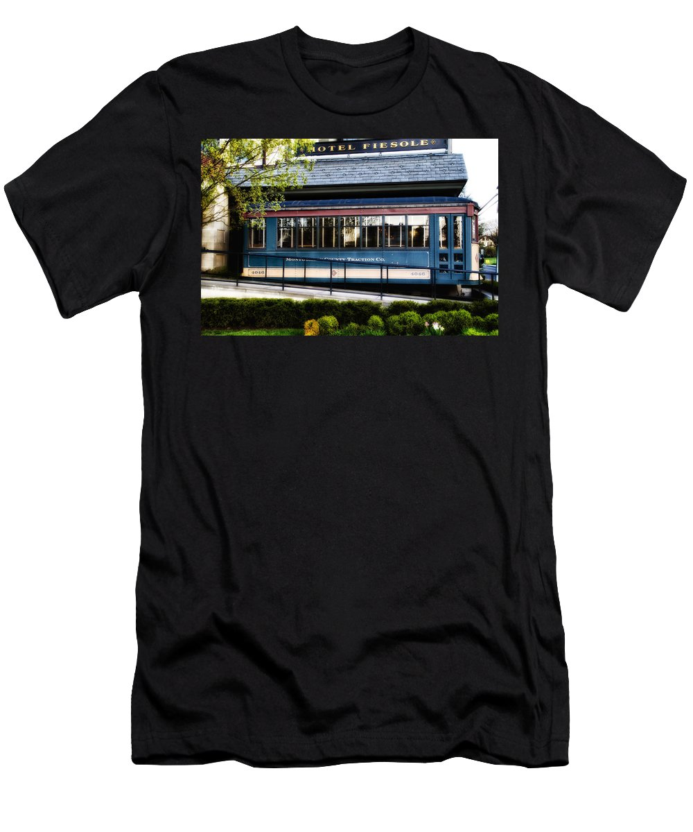 Trolley Men's T-Shirt (Athletic Fit) featuring the photograph The Trolley Stop - Hotel Fiesole by Bill Cannon