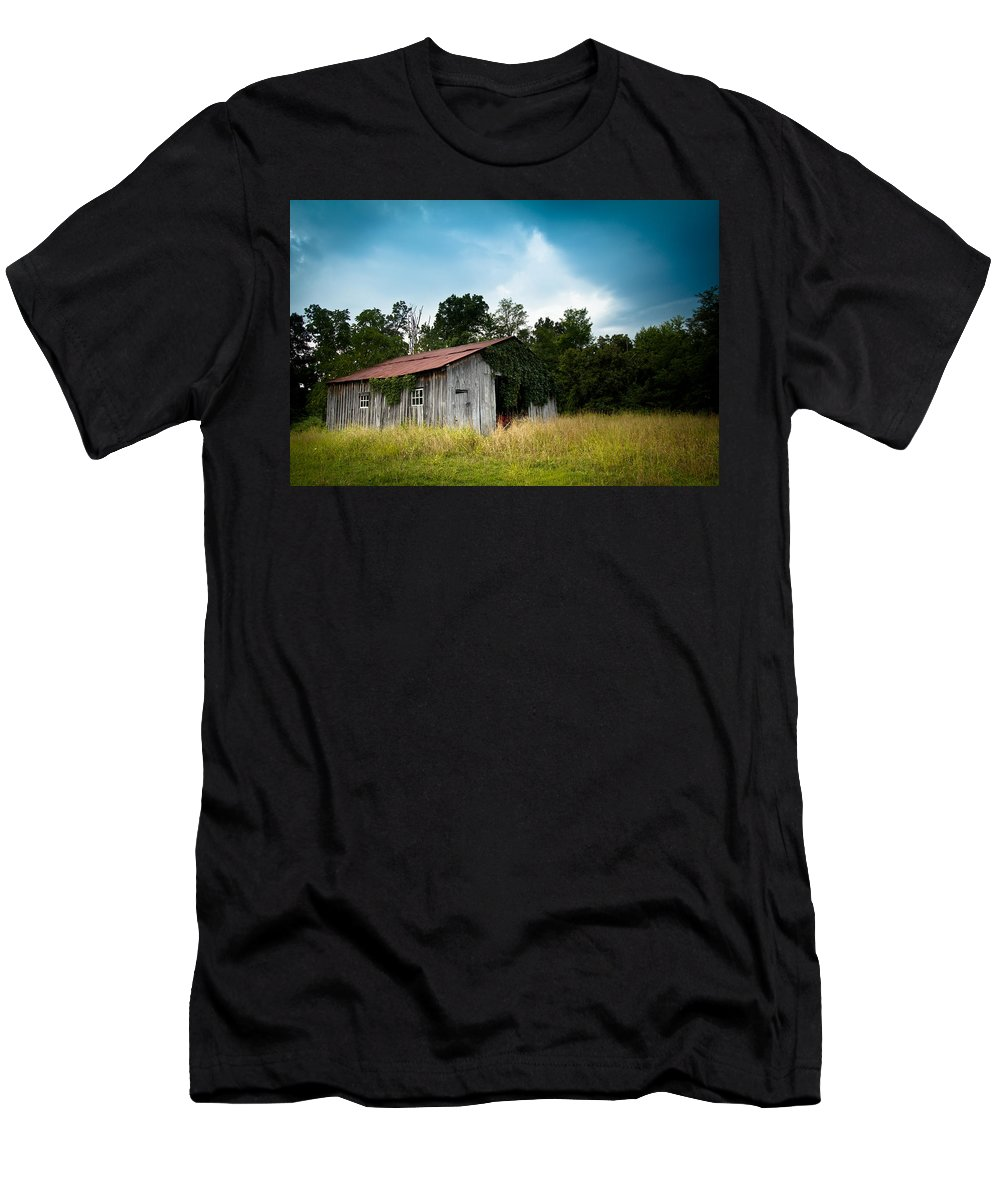 Barn Men's T-Shirt (Athletic Fit) featuring the photograph Tin Roof...ivy Covered Barn by Shane Holsclaw