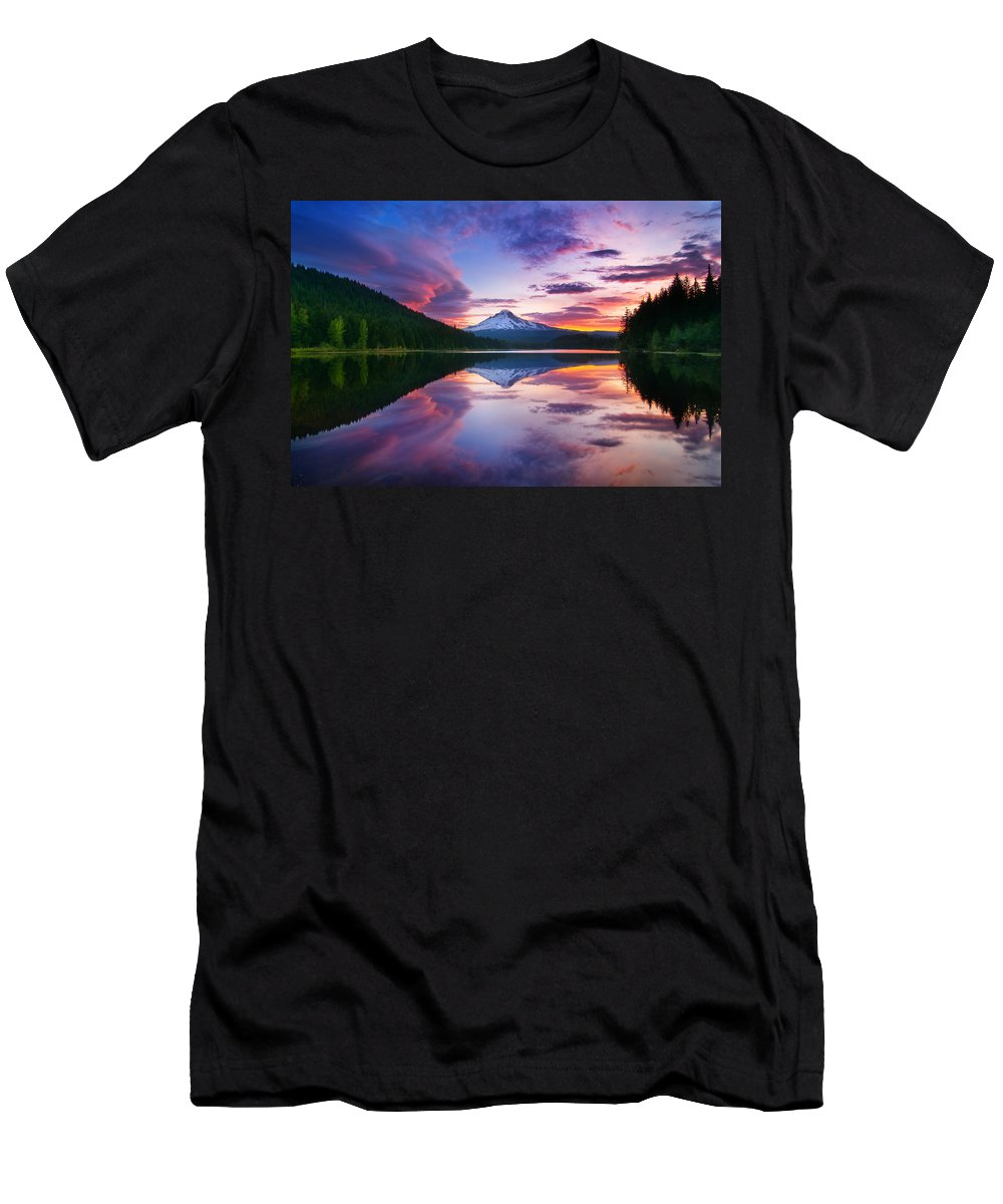Trillium Lake Men's T-Shirt (Athletic Fit) featuring the photograph Trillium Lake Sunrise by Darren White