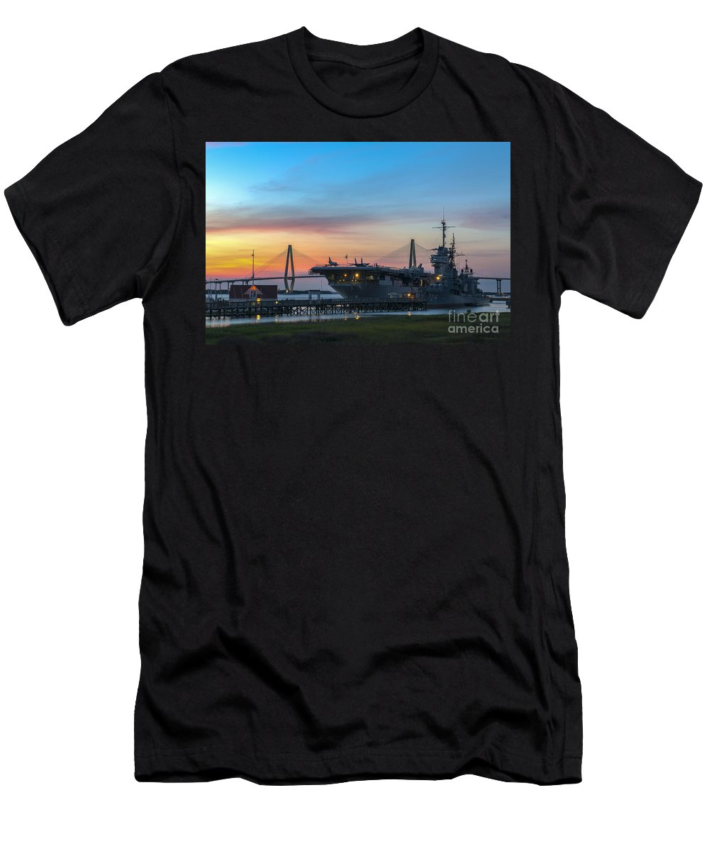 Sunset Men's T-Shirt (Athletic Fit) featuring the photograph Uss Yorktown Sunset by Dale Powell