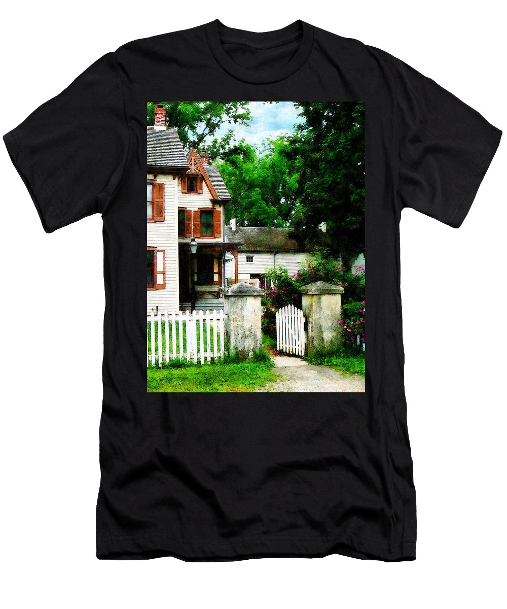 Victorian Men's T-Shirt (Athletic Fit) featuring the photograph Victorian Home With Open Gate by Susan Savad