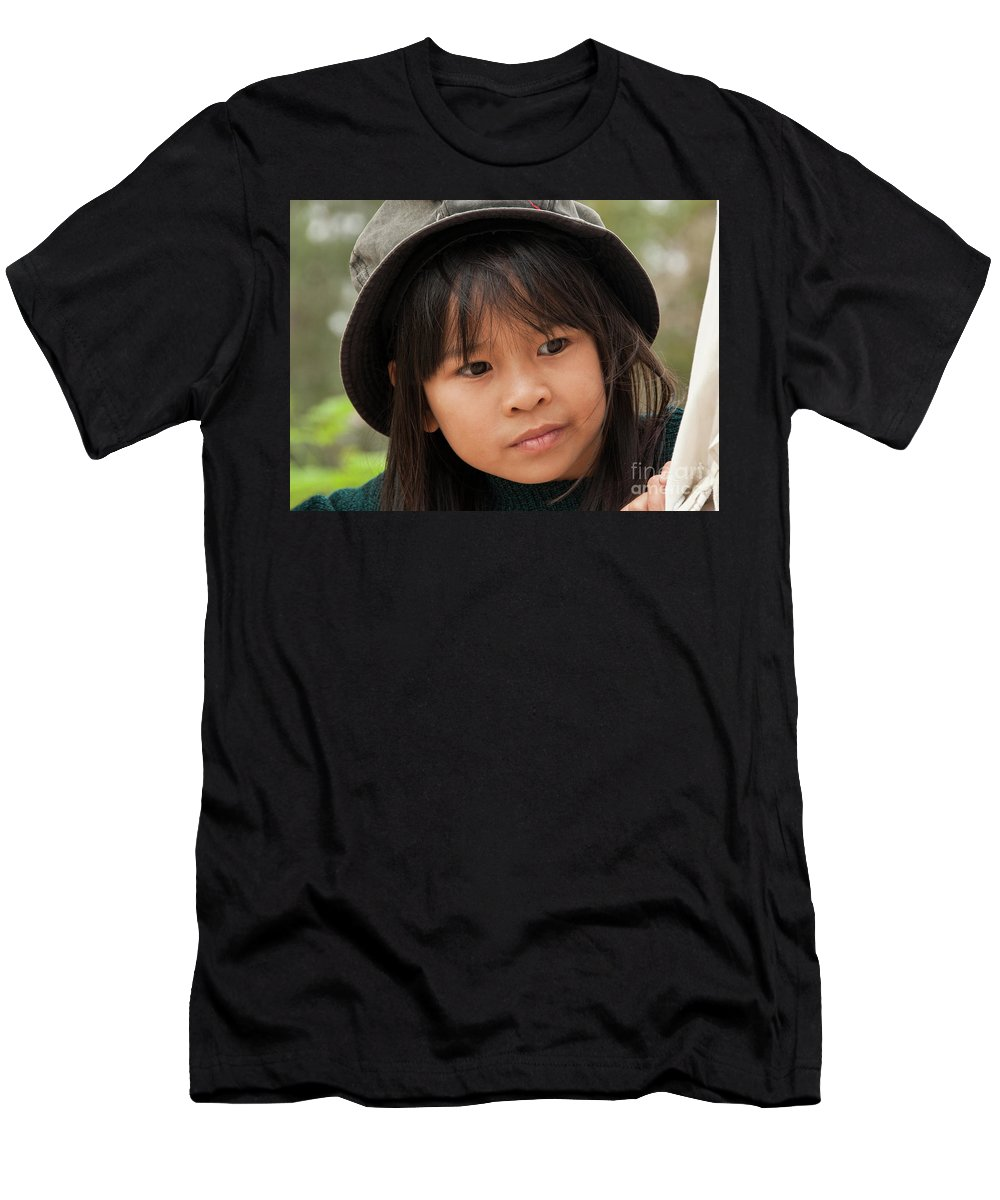 Vietnam Men's T-Shirt (Athletic Fit) featuring the photograph Vietnamese Girl 01 by Rick Piper Photography