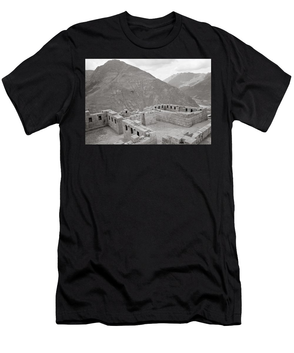 Peru Men's T-Shirt (Athletic Fit) featuring the photograph Landscape Of Pisac by Shaun Higson
