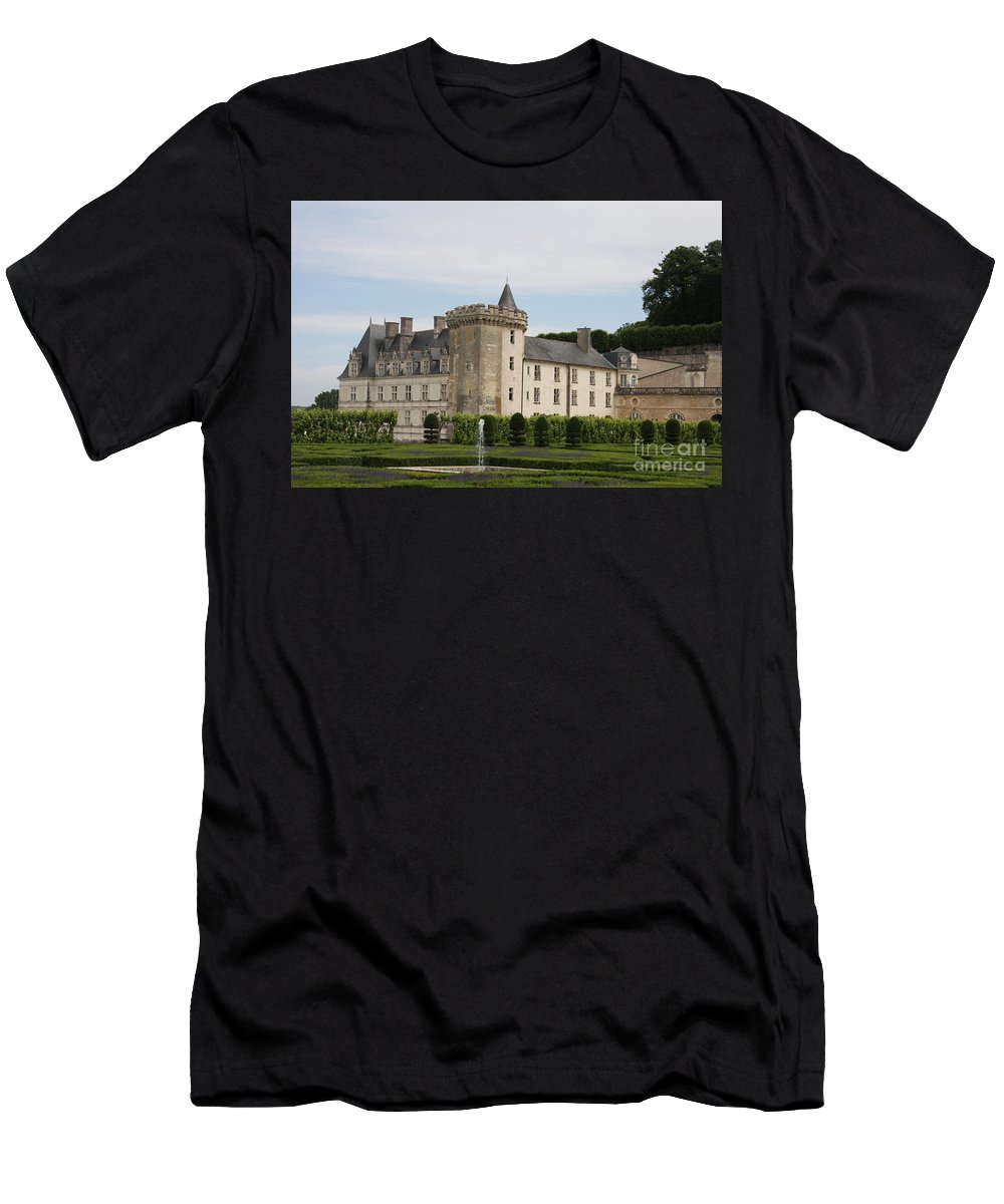 Palace Men's T-Shirt (Athletic Fit) featuring the photograph Villandry Chateau And Boxwood Garden by Christiane Schulze Art And Photography