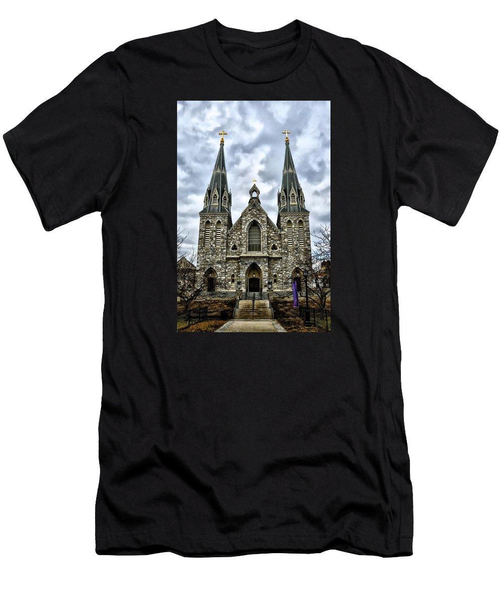 Villanova University Men's T-Shirt (Athletic Fit) featuring the photograph Villanova University by Bill Cannon
