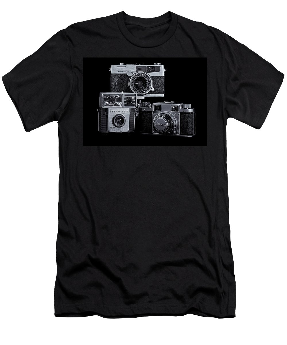 Brownie Men's T-Shirt (Athletic Fit) featuring the photograph Vintage Camera Trio by Steve Stephenson