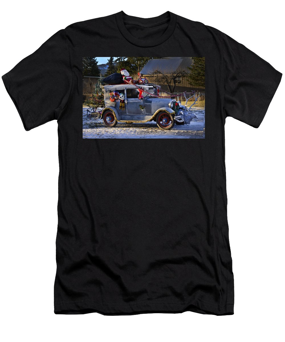 Santa Men's T-Shirt (Athletic Fit) featuring the photograph Vintage Christmas Car by Herman Robert