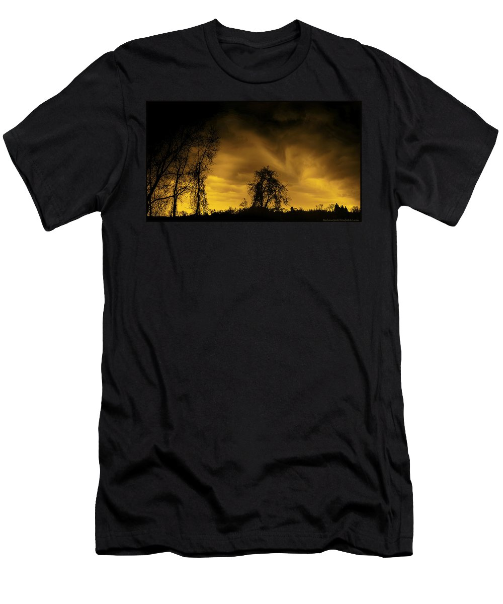Usa Men's T-Shirt (Athletic Fit) featuring the photograph Weather Warning by LeeAnn McLaneGoetz McLaneGoetzStudioLLCcom