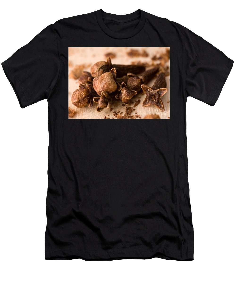 Clove Men's T-Shirt (Athletic Fit) featuring the photograph Whole Cloves by Iris Richardson