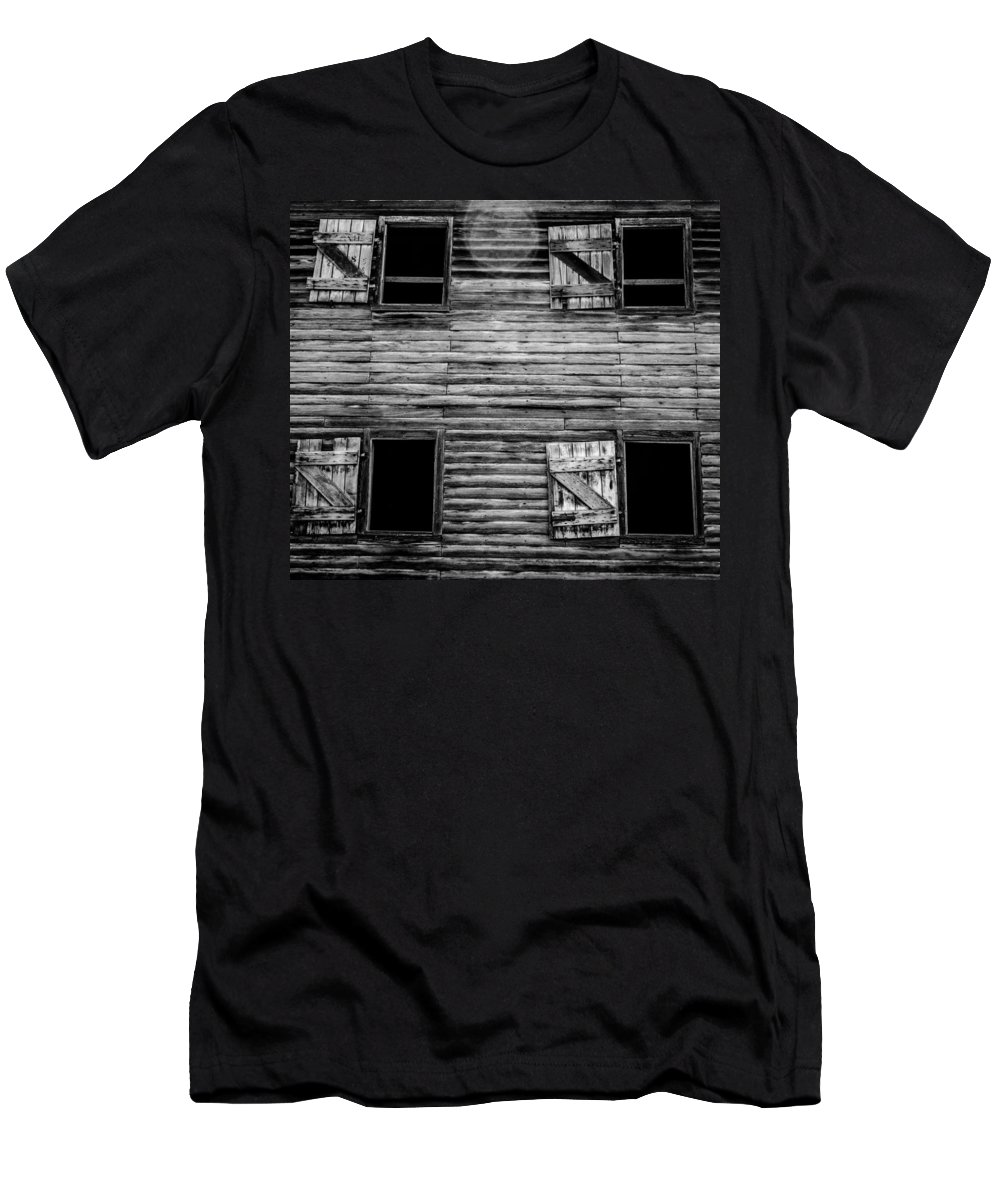 Barn Men's T-Shirt (Athletic Fit) featuring the photograph Window To The Past by Kaleidoscopik Photography