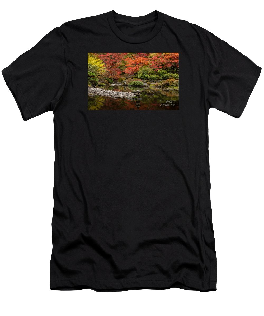 Fall Colors Men's T-Shirt (Athletic Fit) featuring the photograph Zen Foliage Colors by Mike Reid