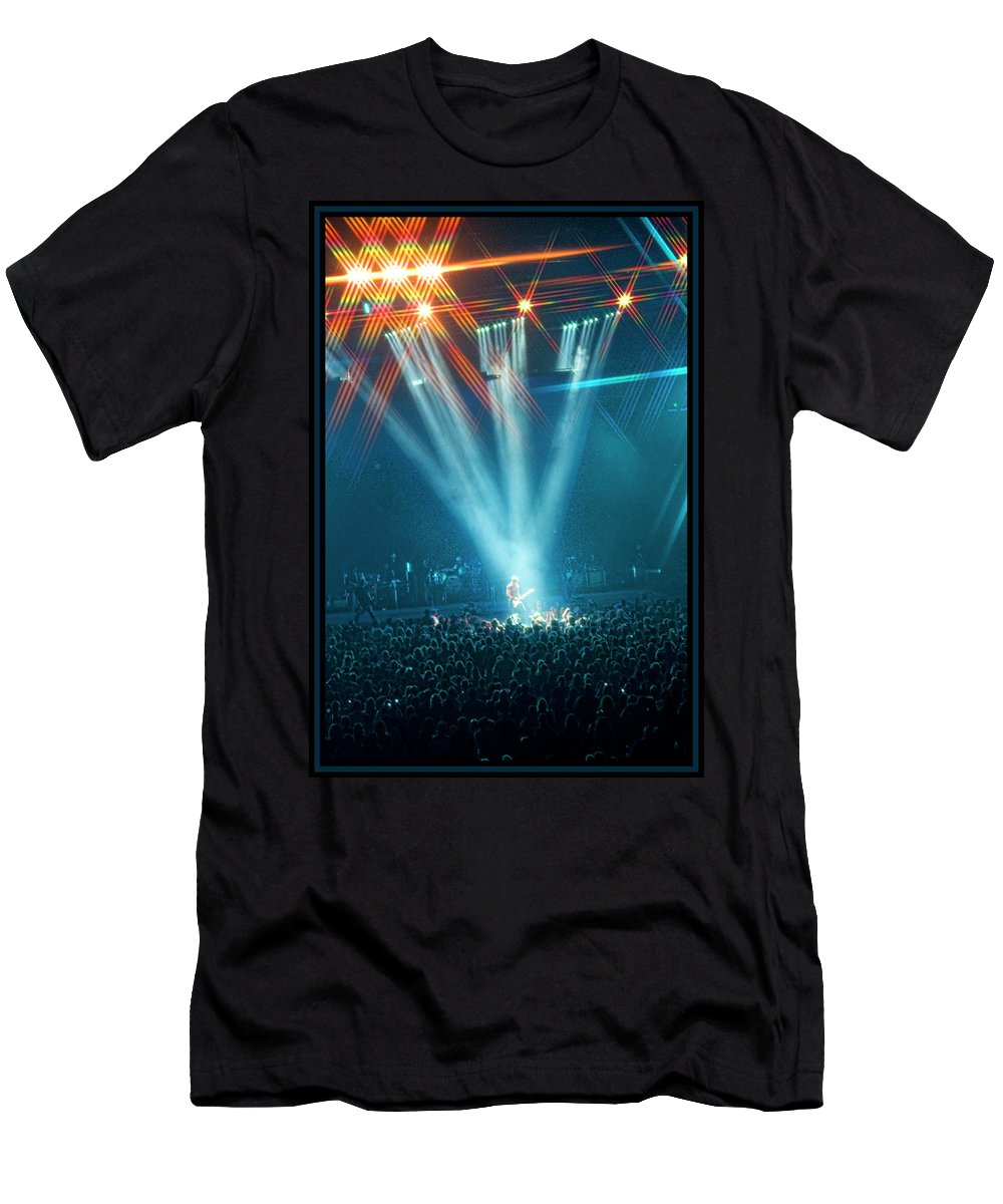 Keith Urban Men's T-Shirt (Athletic Fit) featuring the photograph All For The Hall by Sheri Bartoszek