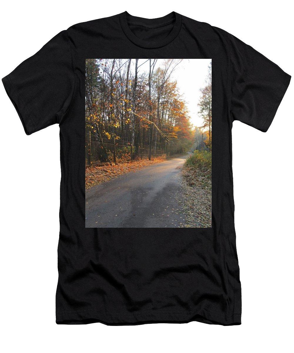 Colour Men's T-Shirt (Athletic Fit) featuring the photograph Road by Wojtek Kowalski