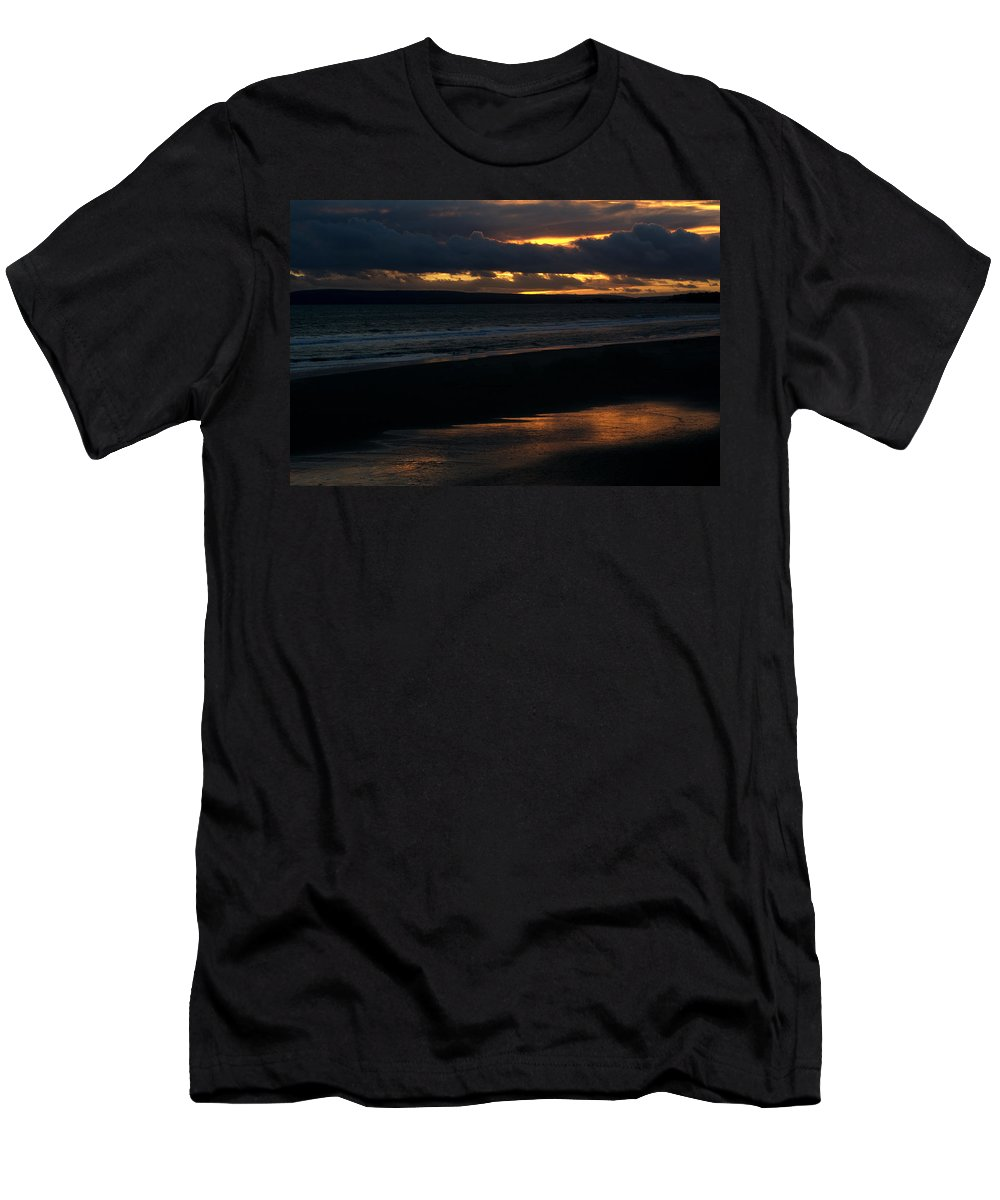 Sunset Men's T-Shirt (Athletic Fit) featuring the photograph Bournemouth Sunset by Chris Day