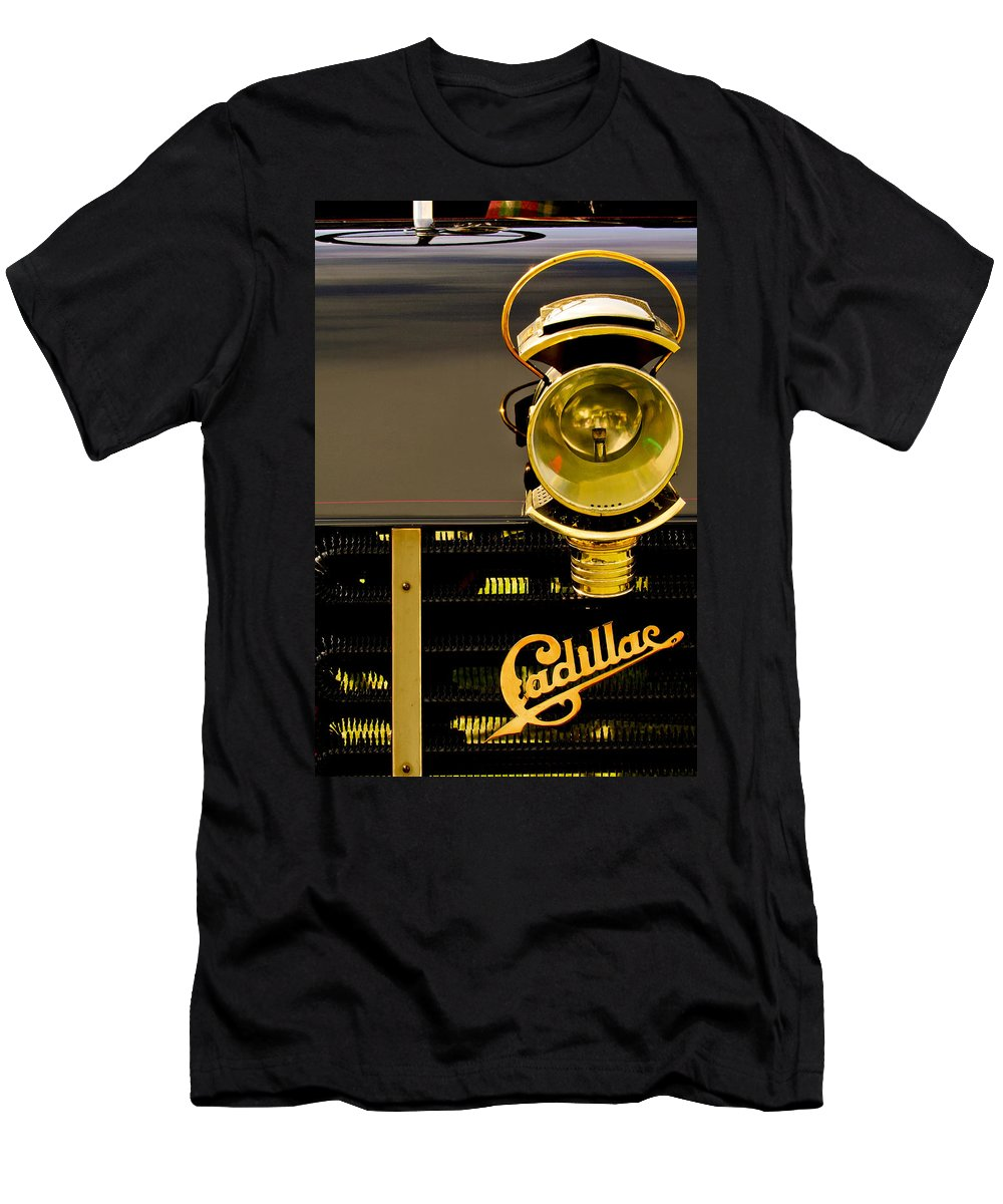 1903 Cadillac Model A Wilson Rear Entrance Tonneau Men's T-Shirt (Athletic Fit) featuring the photograph 1903 Cadillac Model A Wilson Rear Entrance Tonneau Lamp And Grille Emblem by Jill Reger