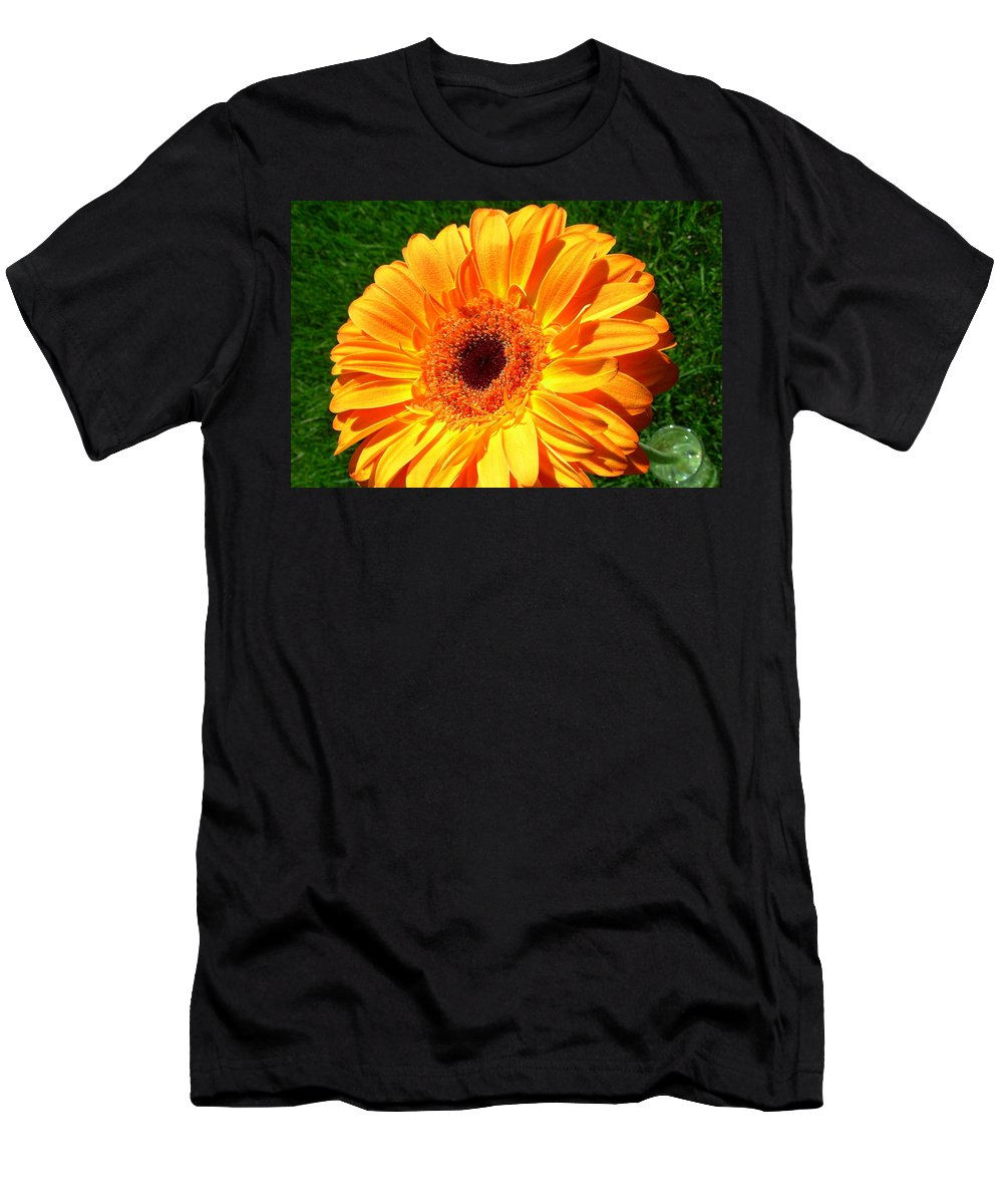 Gerbera Photographs Men's T-Shirt (Athletic Fit) featuring the photograph 3412-001 by Kimberlie Gerner