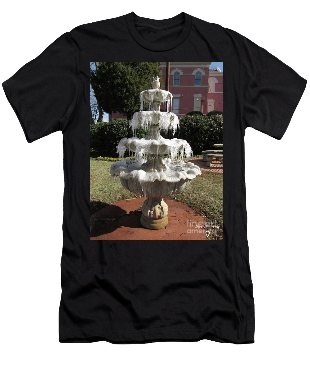 Fountain Men's T-Shirt (Athletic Fit) featuring the photograph A Cold Morning by Donna Brown