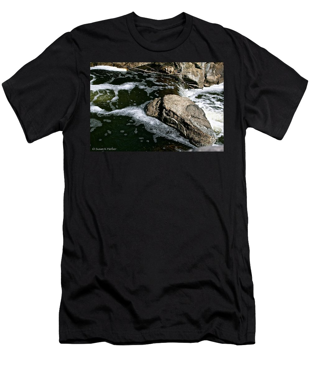 Outdoors Men's T-Shirt (Athletic Fit) featuring the photograph Almost Over by Susan Herber