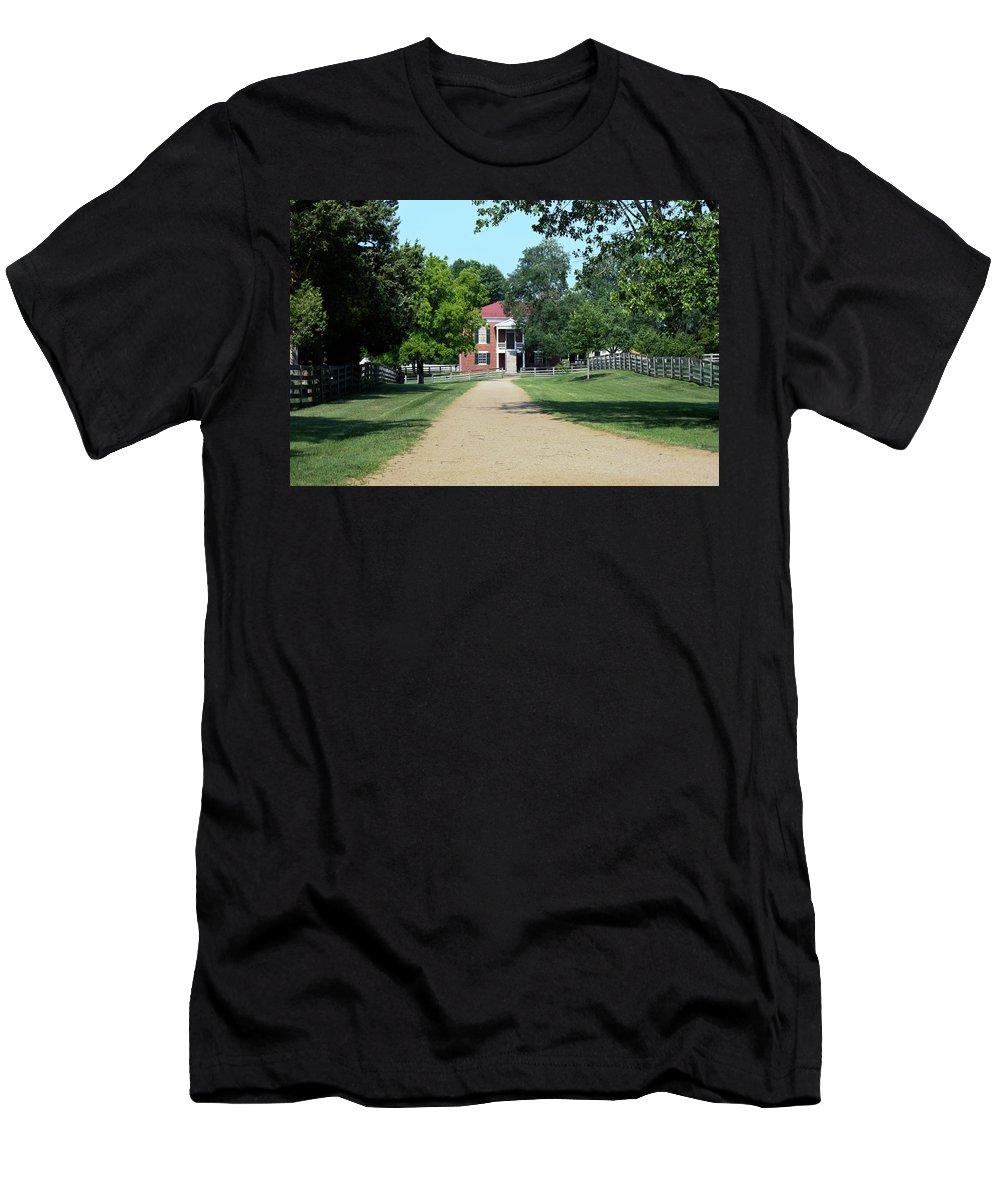 Appomattox Men's T-Shirt (Athletic Fit) featuring the photograph Appomattox County Court House 2 by Teresa Mucha