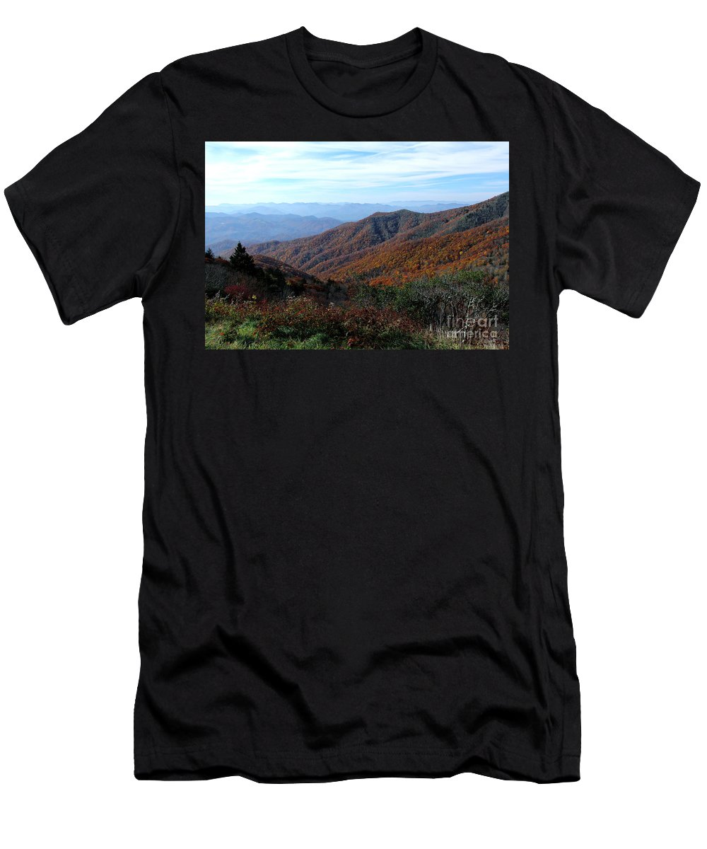 Men's T-Shirt (Athletic Fit) featuring the photograph Blue Ridge Parkway by Douglas Stucky