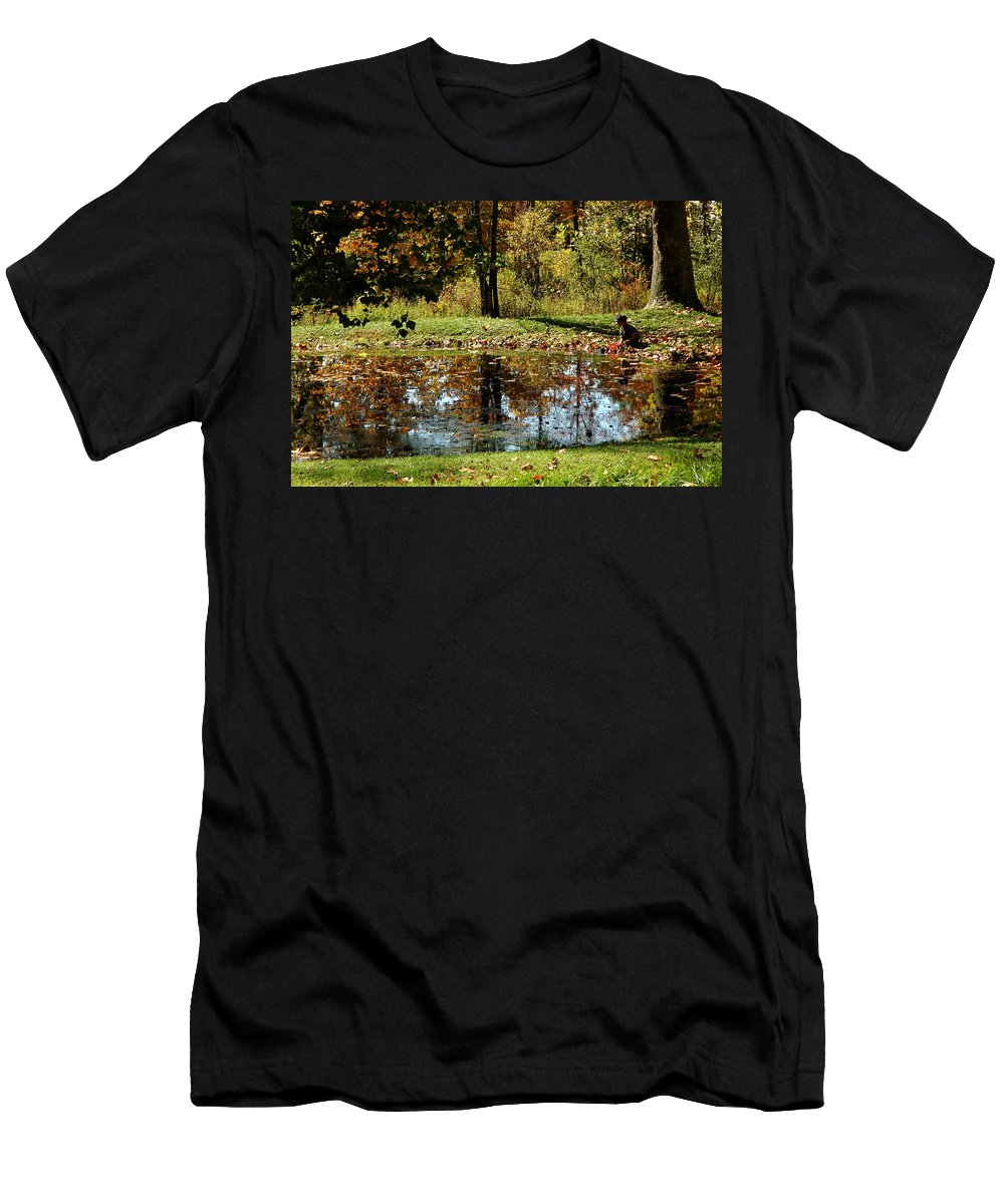 Usa Men's T-Shirt (Athletic Fit) featuring the photograph Catching Frogs by LeeAnn McLaneGoetz McLaneGoetzStudioLLCcom