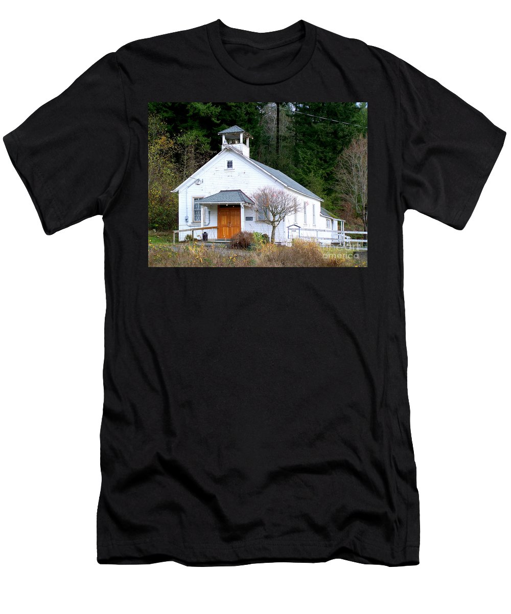 Old Church Building Men's T-Shirt (Athletic Fit) featuring the photograph Christs Church At Elbe Washington by Kathy White
