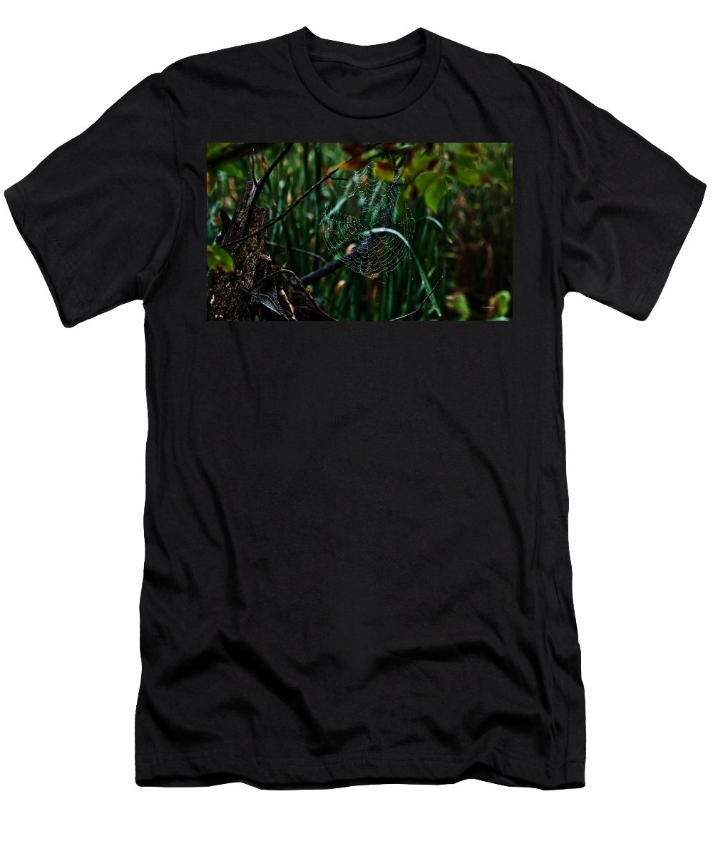 Spider Men's T-Shirt (Athletic Fit) featuring the photograph Come Into My Palor by Edward Peterson