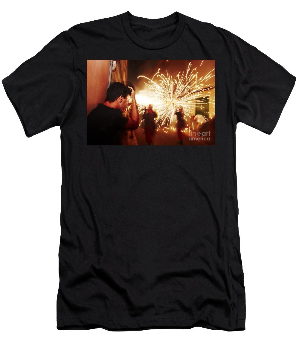 Fuego Men's T-Shirt (Athletic Fit) featuring the photograph Demons Fire by Agusti Pardo Rossello