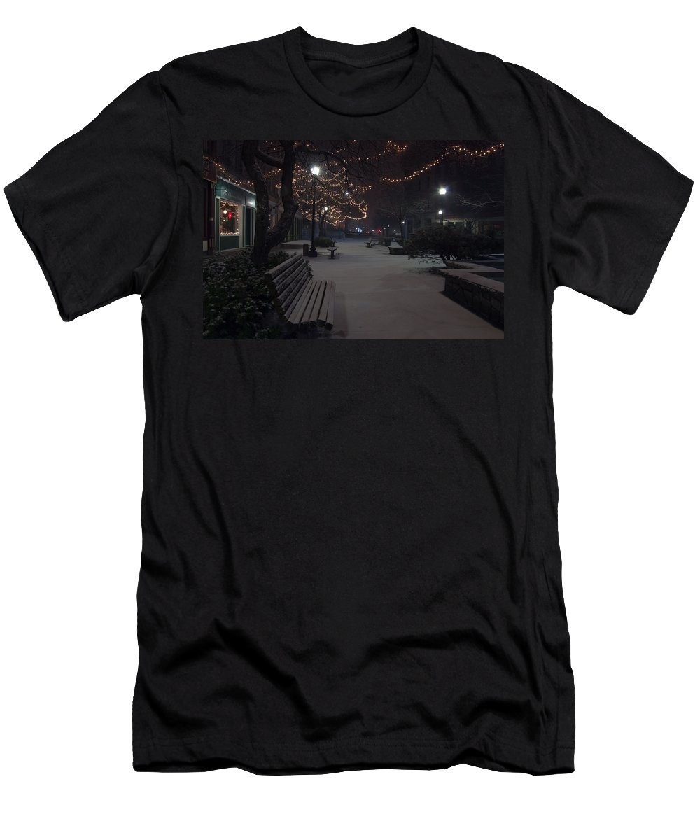 Downtown Men's T-Shirt (Athletic Fit) featuring the photograph Downtown Winter by Glenn Gordon