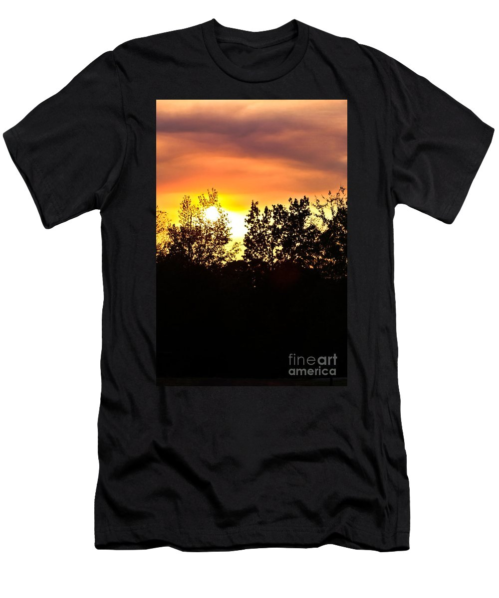 East Tx Sunset Men's T-Shirt (Athletic Fit) featuring the photograph East Texas Sunset by Kim Henderson