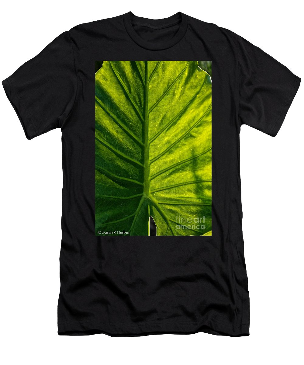 Outdoors Men's T-Shirt (Athletic Fit) featuring the photograph Elephant Ear by Susan Herber