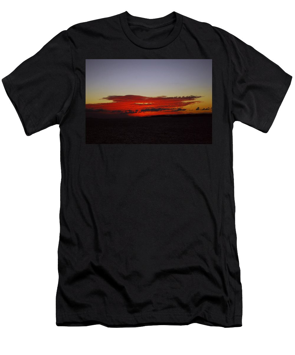 Evening Sunset Men's T-Shirt (Athletic Fit) featuring the photograph Evening Red by Gary Wonning