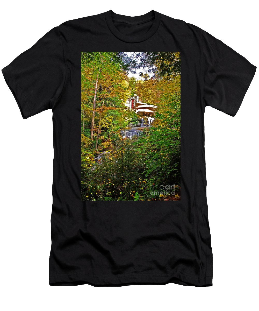 Pennsylvania Men's T-Shirt (Athletic Fit) featuring the photograph Falling Waters House Setting by Rich Walter