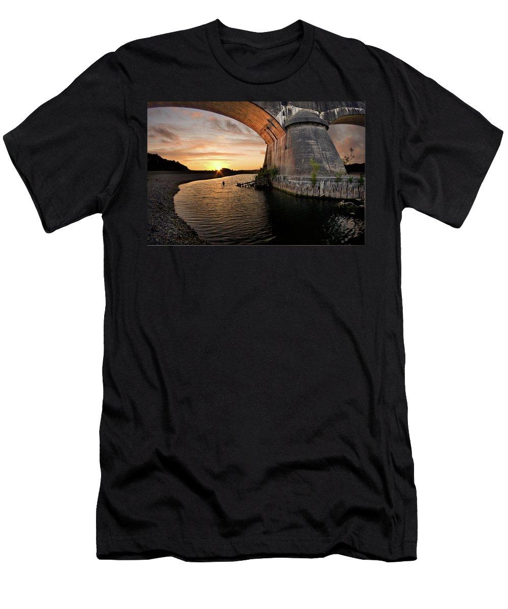 Fernbridge Men's T-Shirt (Athletic Fit) featuring the photograph Fernbridge Sunset by Greg Nyquist