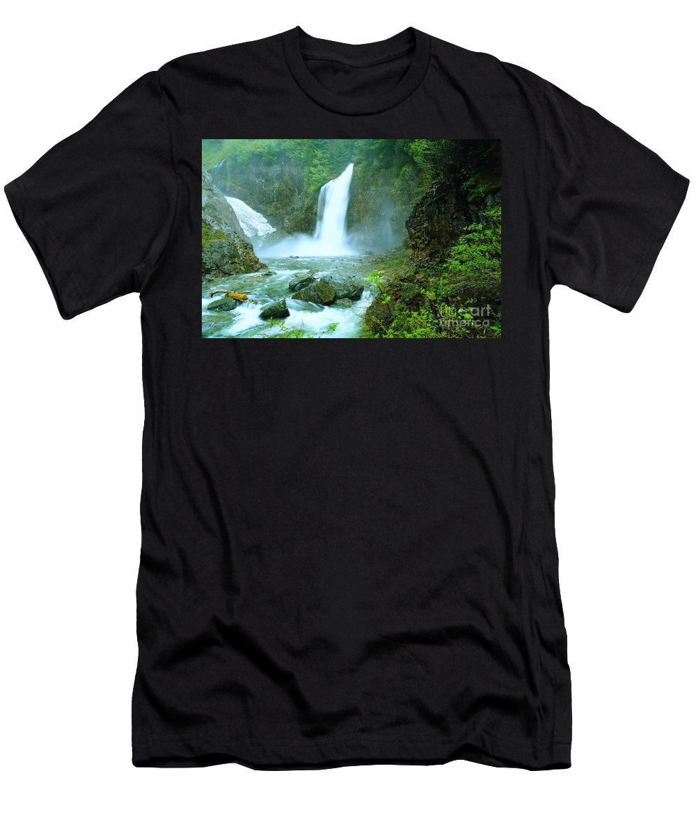 Water. Waterfalls. Streams Men's T-Shirt (Athletic Fit) featuring the photograph Franklin Falls  by Jeff Swan