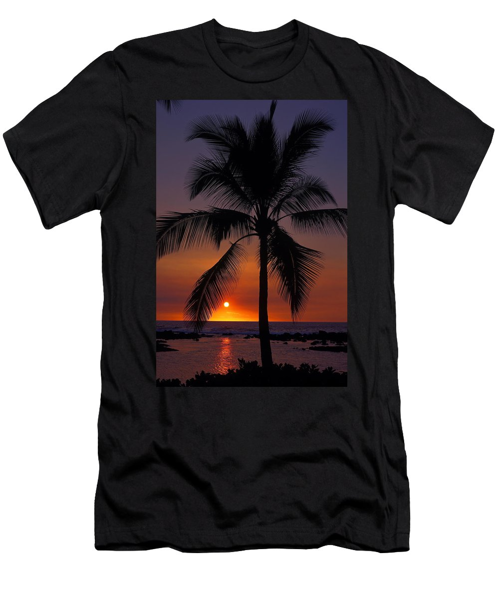 Sunset Men's T-Shirt (Athletic Fit) featuring the photograph Hawaiian Sunset by Sally Weigand