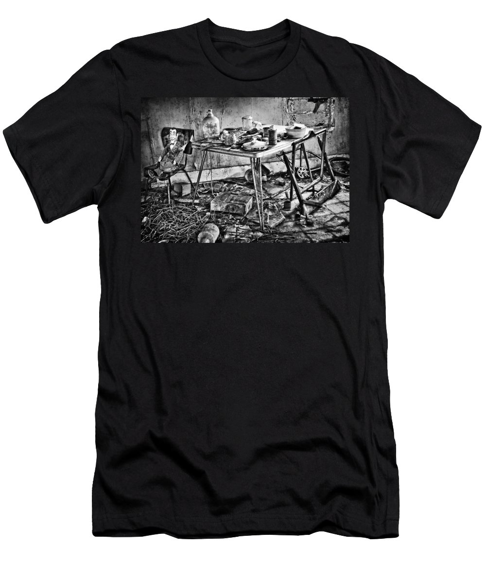 Old Kitchen Men's T-Shirt (Athletic Fit) featuring the photograph Hungry Helpers by The Artist Project