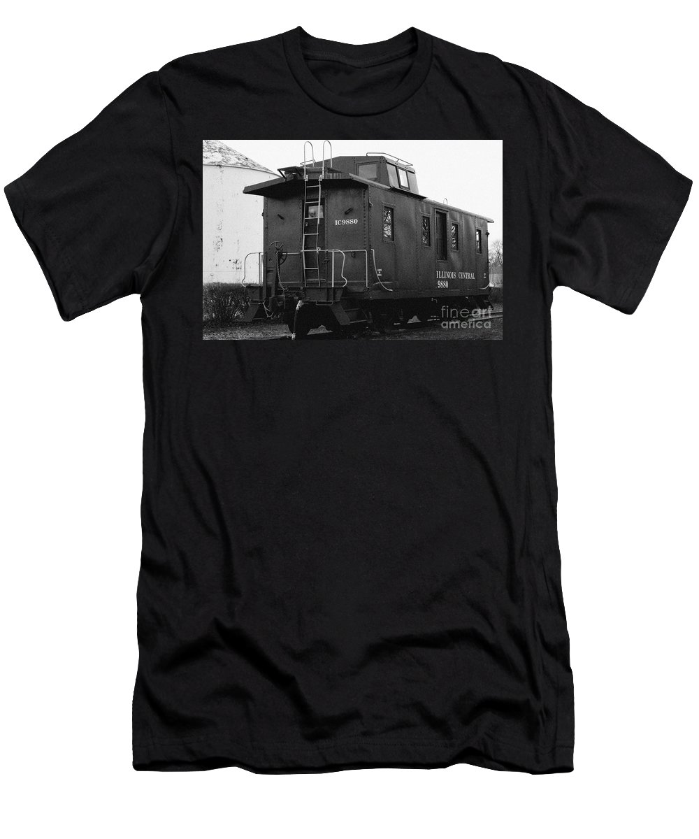 Antique Men's T-Shirt (Athletic Fit) featuring the photograph Icg Caboose by Alan Look